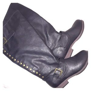 NWOT Journee Collections s 8 zipper up black boots